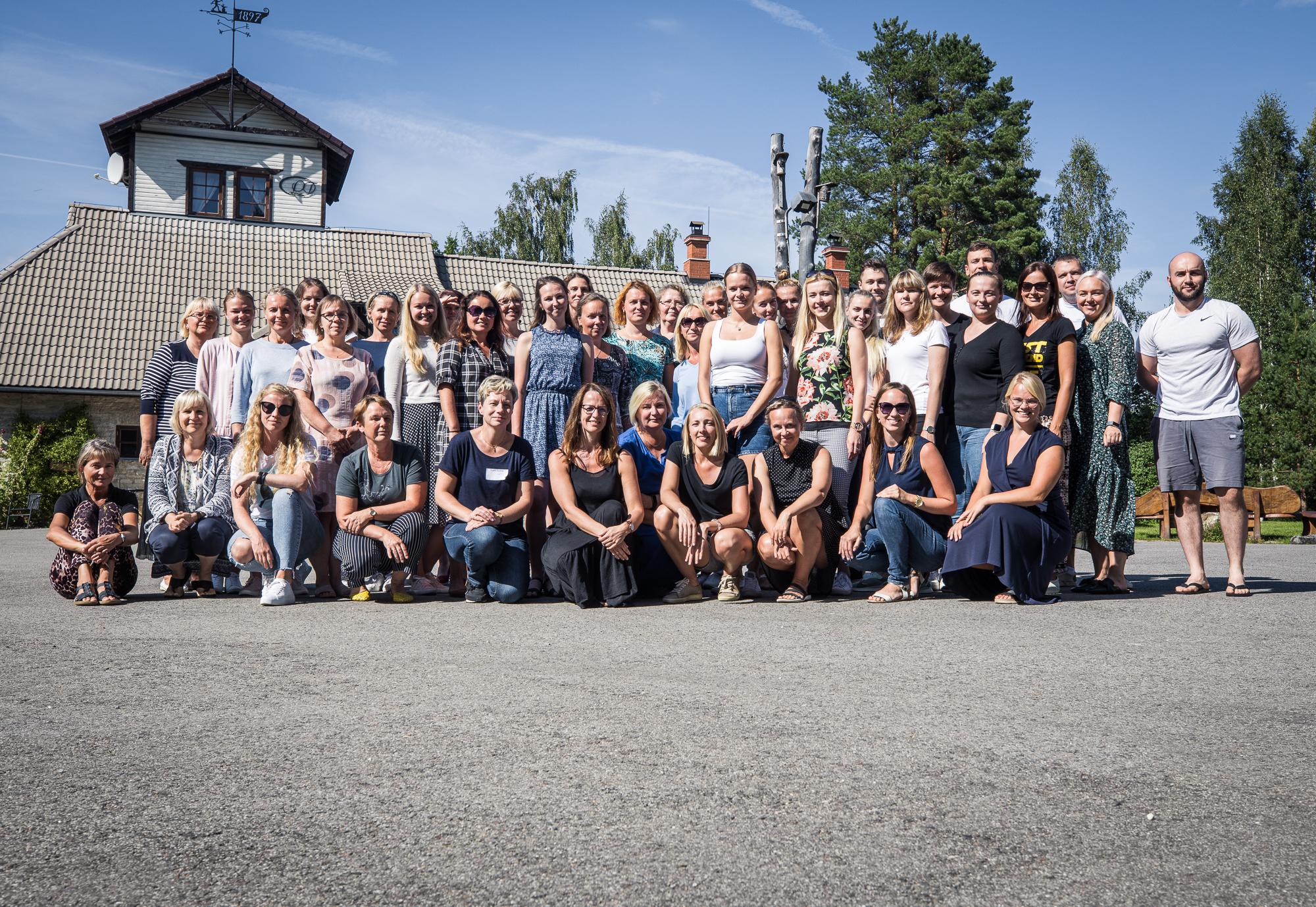 Viimsi Gümnaasiumi meeskond alustas uut õppeaastat meeskonnaseminariga