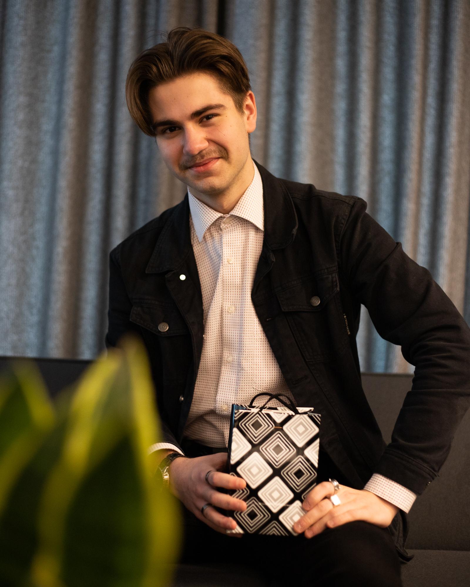 Kasper Sebastian Silla (G2) saavutas õpilasetlejate konkursil peapreemia