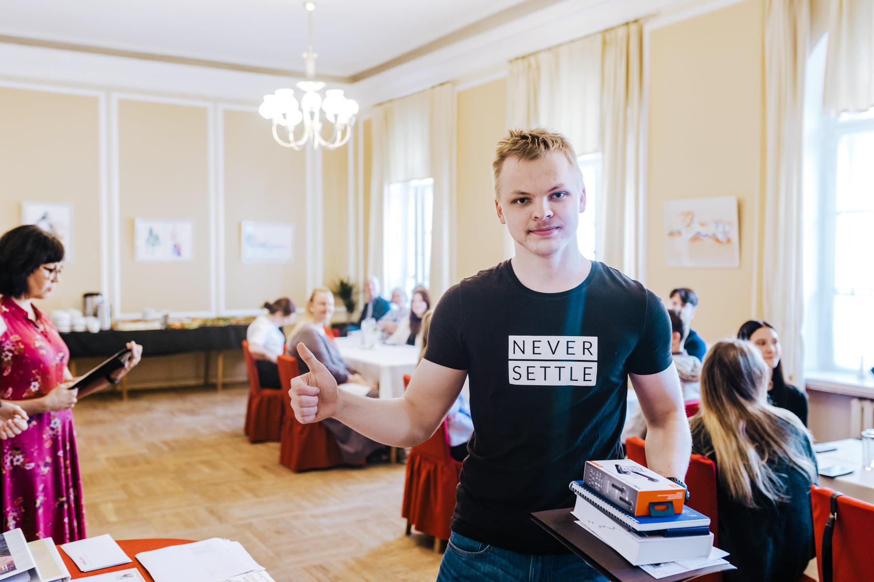 You are currently viewing Rando Kalbus (G3) saavutas soome keele olümpiaadi vabariiklikus lõppvoorus esimese koha